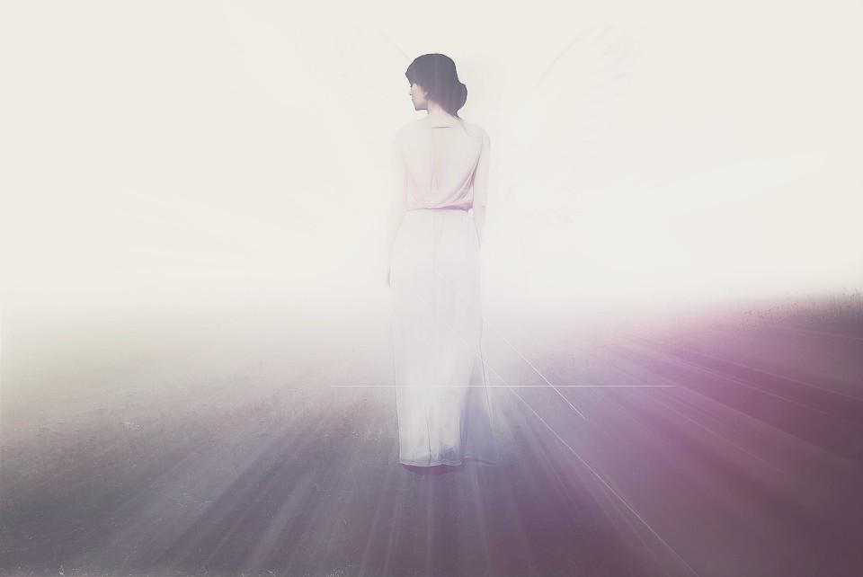 Woman-Angel-Shine-Goddess-Light-Dress-2244692
