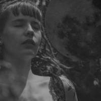 'Donna che Ascolta', Madre del Quinto Ciclo Lunare
