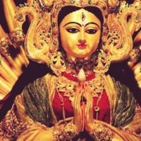 Navaratri - Le Nove Notti che celebrano il Femminile